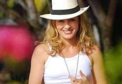 angelica-chapeu-panama  a2be2a0e610