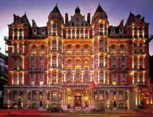 O Din.ner fica no requintado hotel Mandarin Oriental, em Londres!