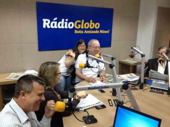 Entrevista na Rádio Globo: alegria contagiante...