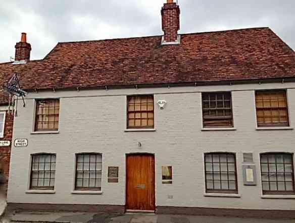 A centenária e charmosa casa que abriga o ícone da culinária inglesa!