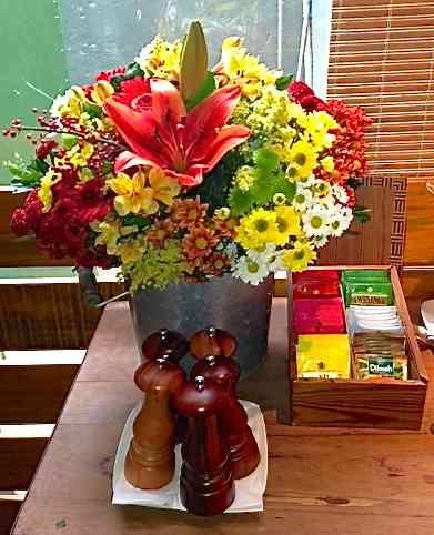 """Começando pelo bouquet, tudo na casa Carandaí tem cara de """"home made"""""""