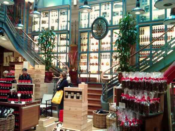 shops_06_Hediard_Place_de_la_Madeleine_Interior_2008