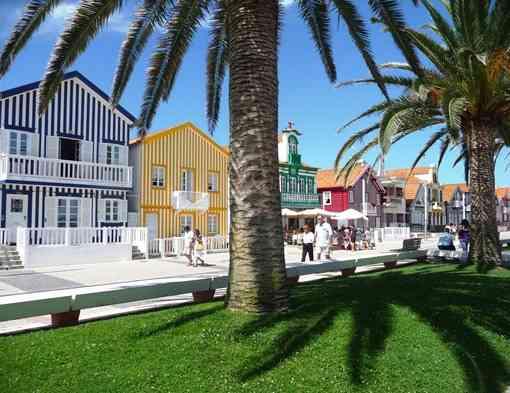 42_Portugal_Costa_Nova_do_Prado_palheiros_Gl_ria_Ishizaka_thumb_2_-1