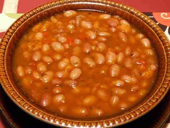 Bulgarian bean broth