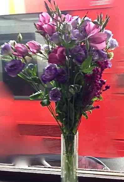 Este bouquet old fashion estava num delicious restaurante em Cambridge: Globo e você, tudo a ver!