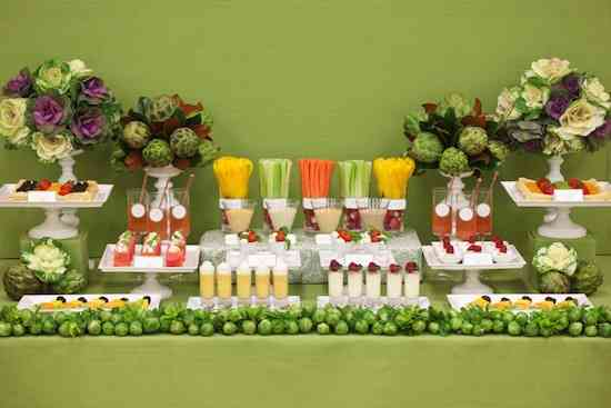 Crudites-Fruit-Vegetable-Buffet-Table
