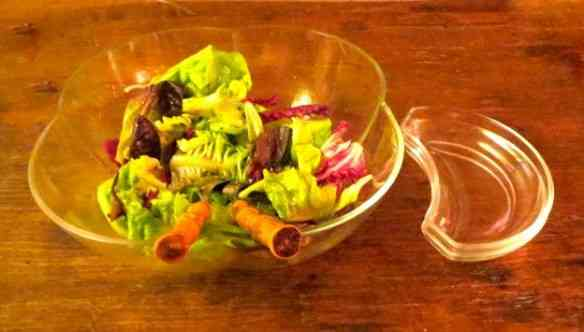No cotidiano ou no dia de festa a saladinha sempre vai muito bem!