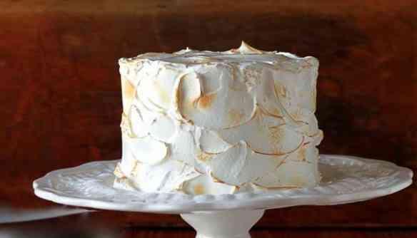 Um bolo de coco divino, todinho pra você!