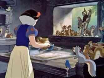 Branca cozinhando: nunca vi ninguém fazê-lo com tanta leveza...