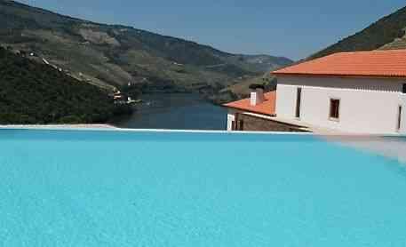 Piscina com a vista do Douro, que maravilha!