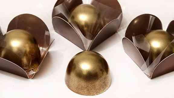 Gran finale: docinhos confeitados com dourado! Deslumbres...