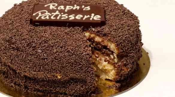 Este bolo é tão famoso quanto o Brad Pitt!