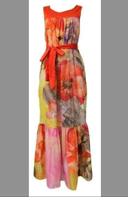 """Que tal este lindo vestido da Maria Manuela para """"virarmos"""" o ano?! Está lá nos esperendo!"""