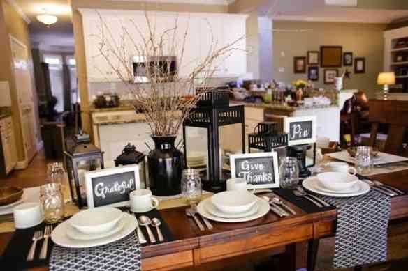 Farmhouse-Modern-Thanksgiving-Table-7