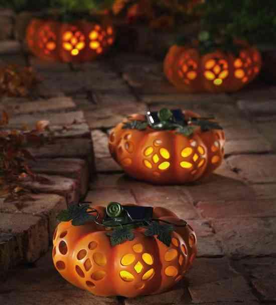 Outdoor-Halloween-Decorations2
