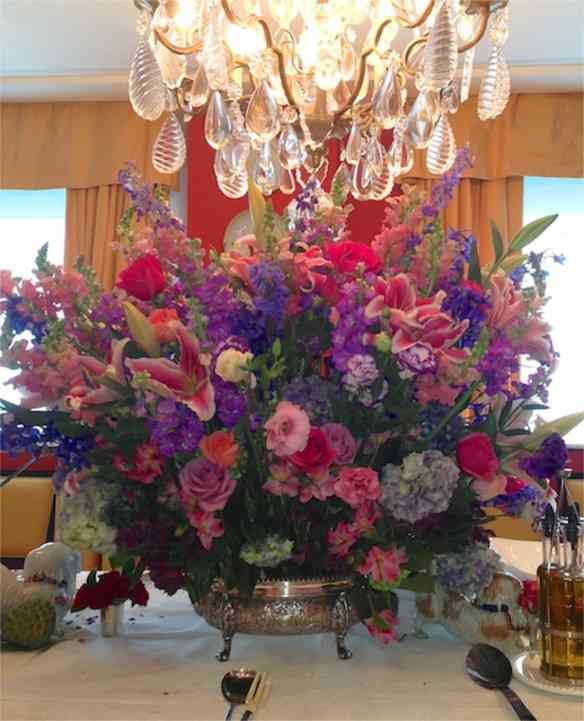 Comecemos pelas flores, que tal este bouquet?!