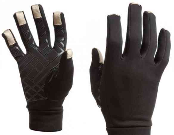 Touch-Screen-Gloves-620x480