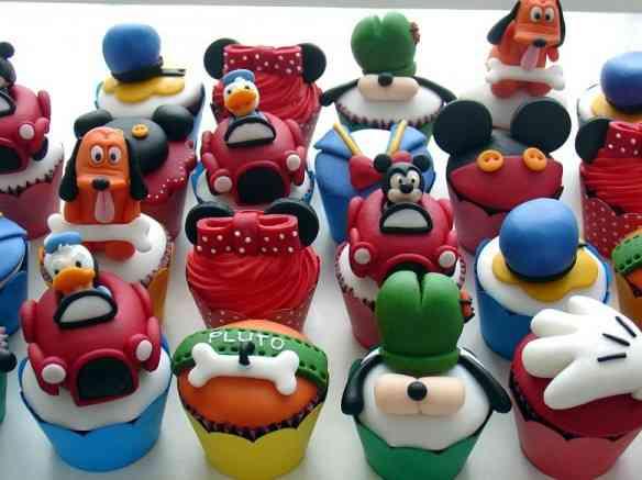 disney - cupcakes.JPG