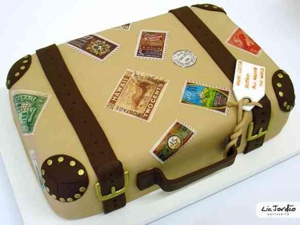 mala de viagem - bolo