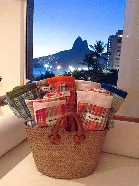 """As lindas e  """"Bemditas"""" toalhas: do Rio para o mundo..."""