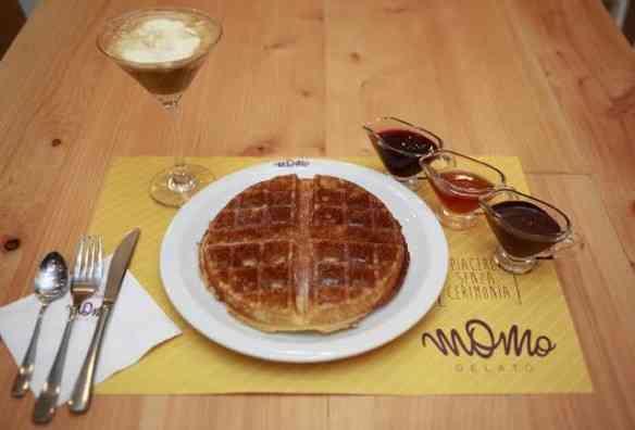 Waffle com outras companhias: igualmente delicioso!