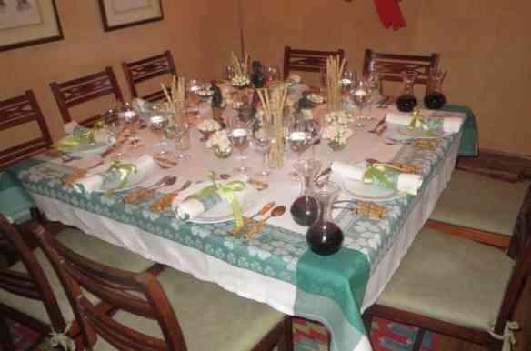 Fase 3: Mesa pronta para a chegada dos convidados...