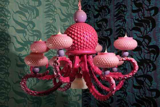 octo-chandalier1