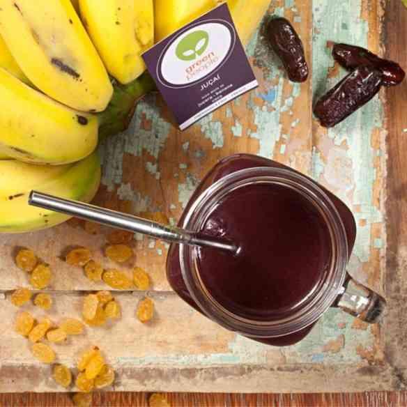 Esta maravilha é o juçaí: De juçara+banana+coco!
