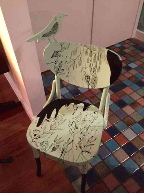 Mais uma cadeira de jantar: Reparem na paginação do piso, by Francisco Brennand!