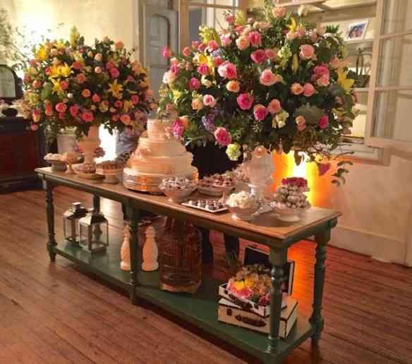 A linda sala dos doces, lugar mais desejados nos casamentos de hoje!