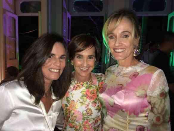 A linda Marcia Braga, minha comadre e também da Luiza Dale, mãe de Joana, que arrasou nu look da