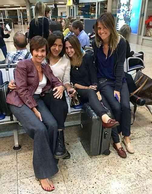 Com as meninas embarcando pro México: Viagem maravilhosa!