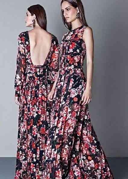 Em duas versões, calor e frio, este vestido de seda estampada é lindo e versátil