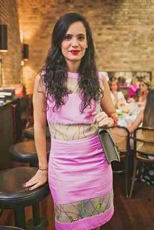 Fecho com a musa/designer Gisela Pecego, responsável pelas estampas exclusivérrimas da TM! Craque! Ahhhh lógico que ela veste a camisa, no caso, o vestido!
