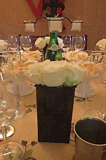 Segui a tradição dos vinhedos mais chiques que usam rosas para enfeitar e para proteger!