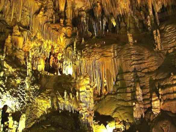 Nenhuma foto traduz a dimensão das Cuevas de Nerja!