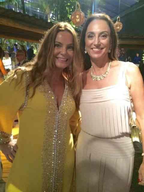As queridas Monica Hial Abreu e Vânia Marinho abafando...