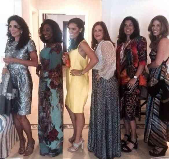 Nesta foto só tem linda e adorada: Isabel Lage, Glória Maria, Thaís Araújo, Maria Geyer, Pat Leal e Vivi Rocha! Salve elas!