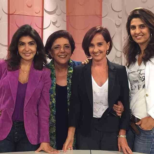 Saindo do Sem Censura, adoramos! @ledalanagle muito obrigada! ❤️? Reprise as 02:30 da madrugada na Rede Brasil