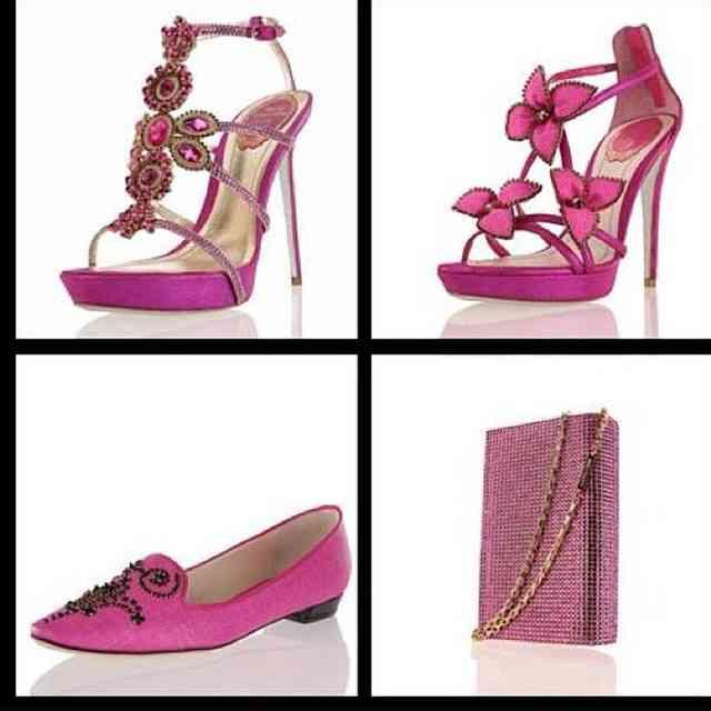 Tudo rosa nesta semana! ????????????? #sapatosebolsas #paixaointernacional