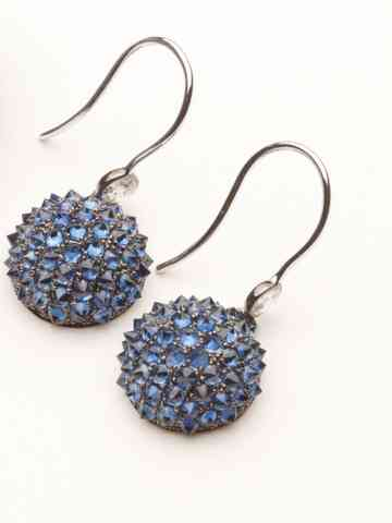 main_item_amanda-pinson-jewelry-on-taigan-nam-cho-spike-blue-sapphire-earring