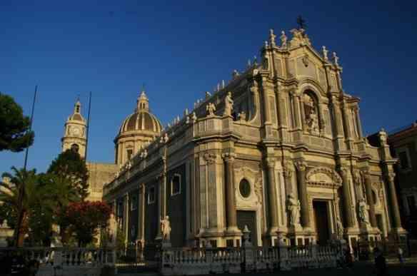 A linda catedral de Catania!