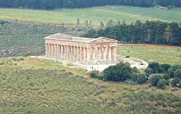 A beleza e a solidão do templo de Segesta!