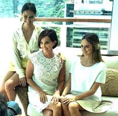 As TM e eu com as jóias lindas da Gioiellini: Elas enfeitam lindamente a mãe  e também as filhas!