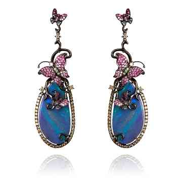 Fantasie-18ct-white-gold-diamond-and-sapphire-Laguna-Cage-earrings-by-Wendy-Yue-for-Annoushka