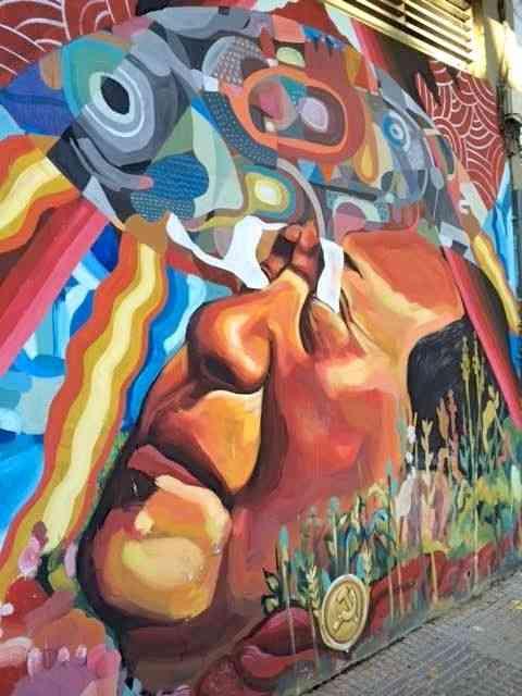 Tipo muralismo argentino...