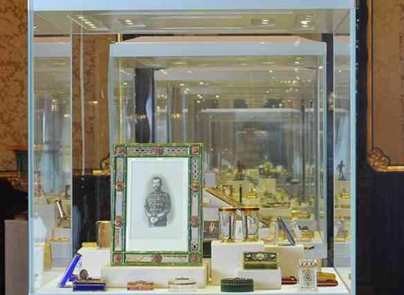 O acervo é composto por objetos lindos, todos importantes para a história do país, foram repatriados, um por um!