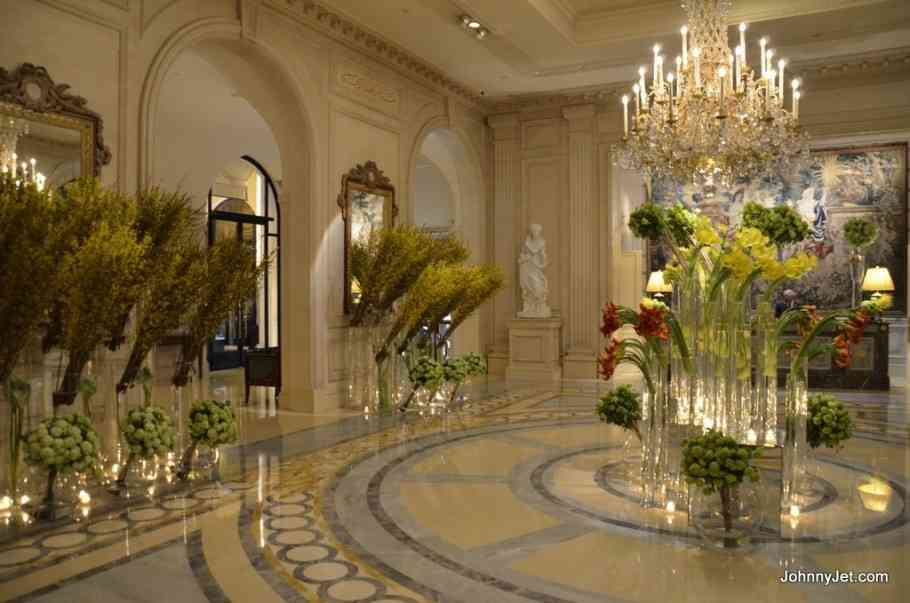 As flores lindas dos four seasons pelo mundo 40 forever for Hotel george v jardins