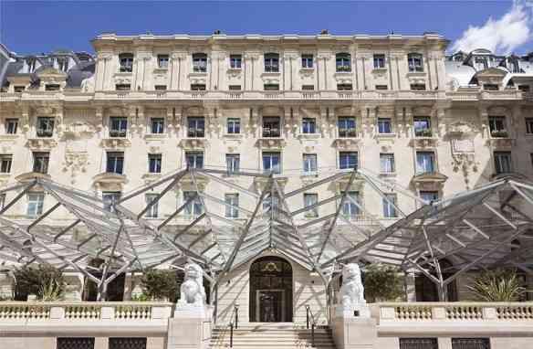 Peninsula+Paris_entrance+kleber_Les+plus+beaux+HOTELS+DESIGN+du+monde_hotelsdesignmonde