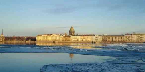 Este ano passaremos a Páscoa em São Petersburgo, terra dos ovos mais preciosos da face de terra!